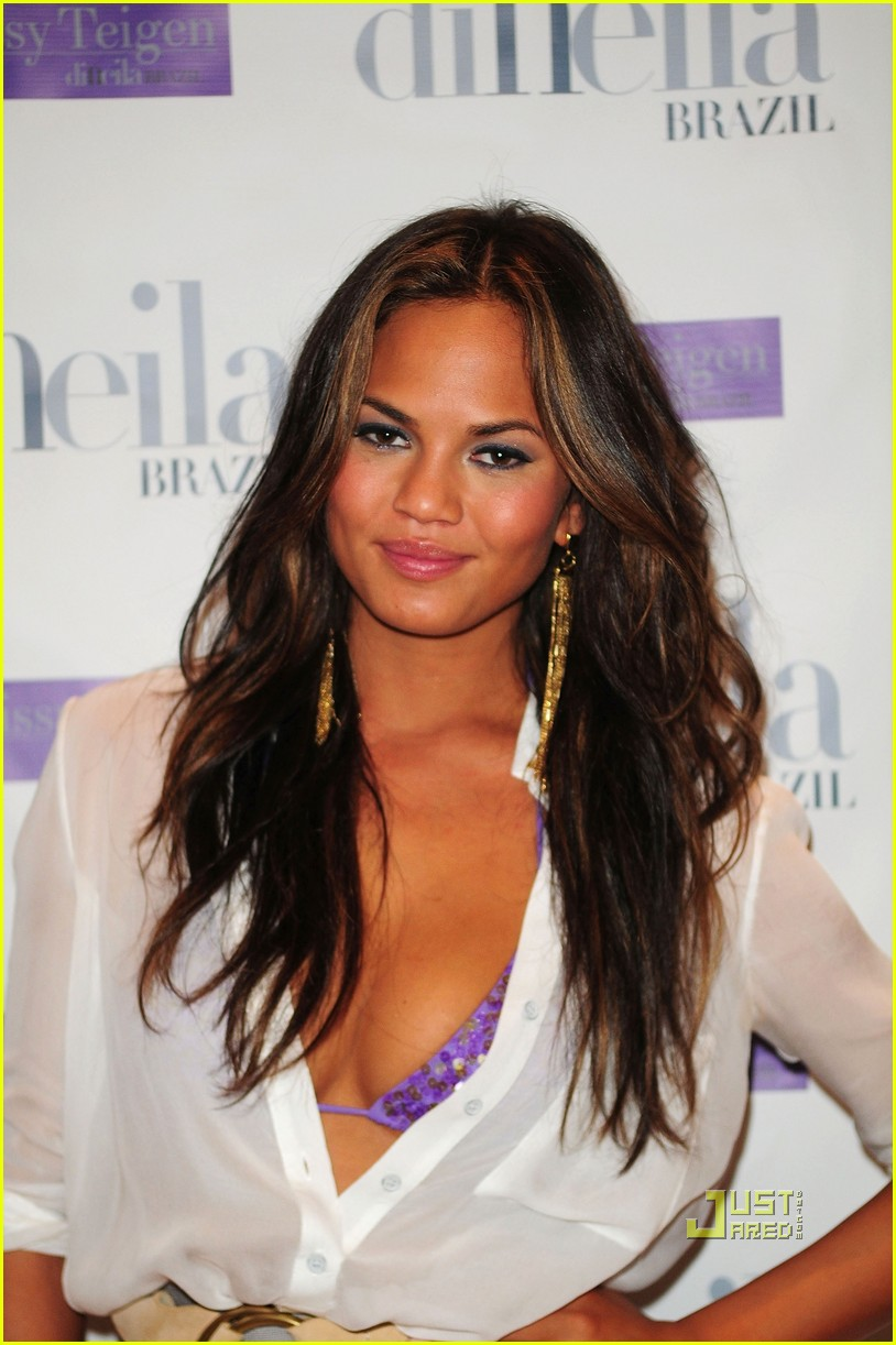 Chrissy Teigen: Swimwear Collaboration with diNeila Brazil!