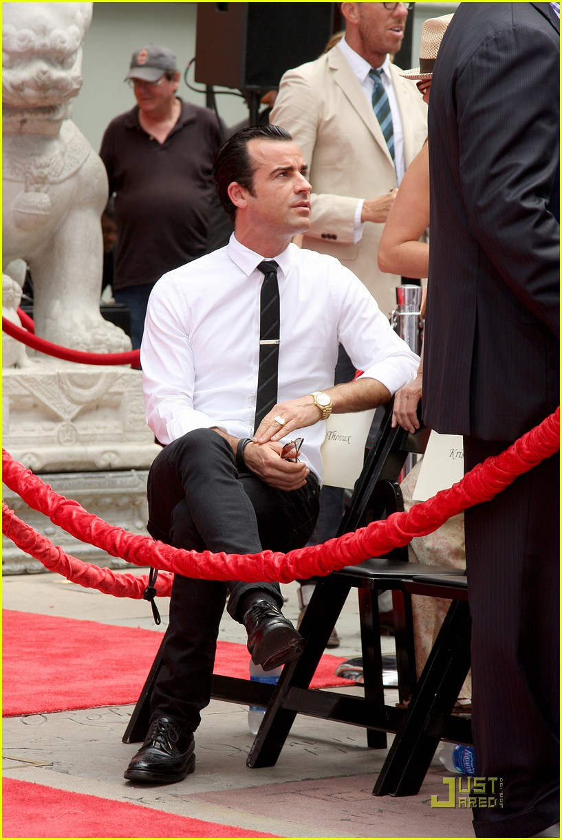 justin theroux shaved 11