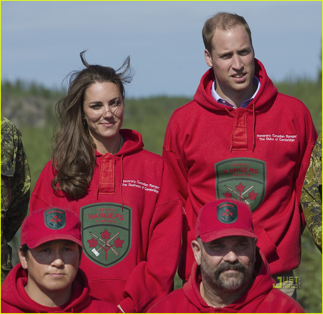 prince william kate middleton canoe 04
