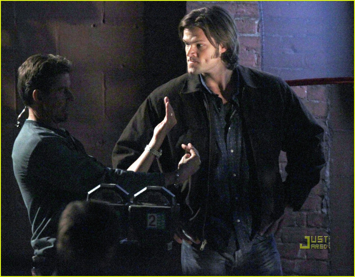 jared padalecki jensen ackles supernatural night shoot 032572044