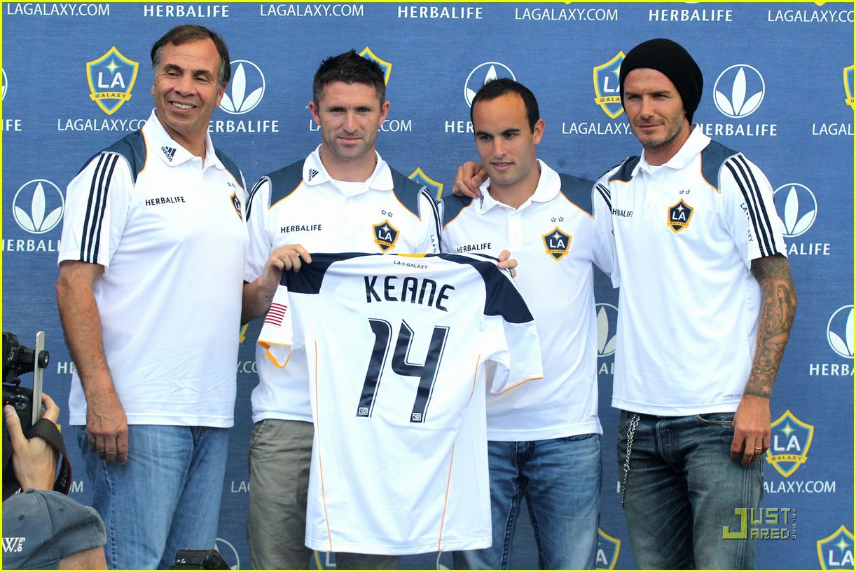 david beckham soccer practice robbie keane 02