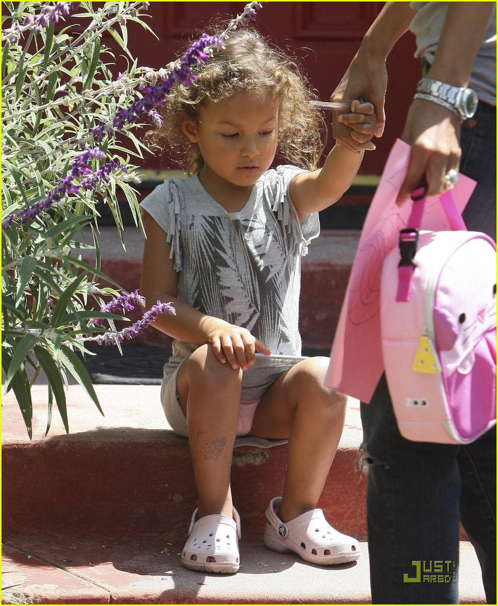 halle berry nahla preschool 02