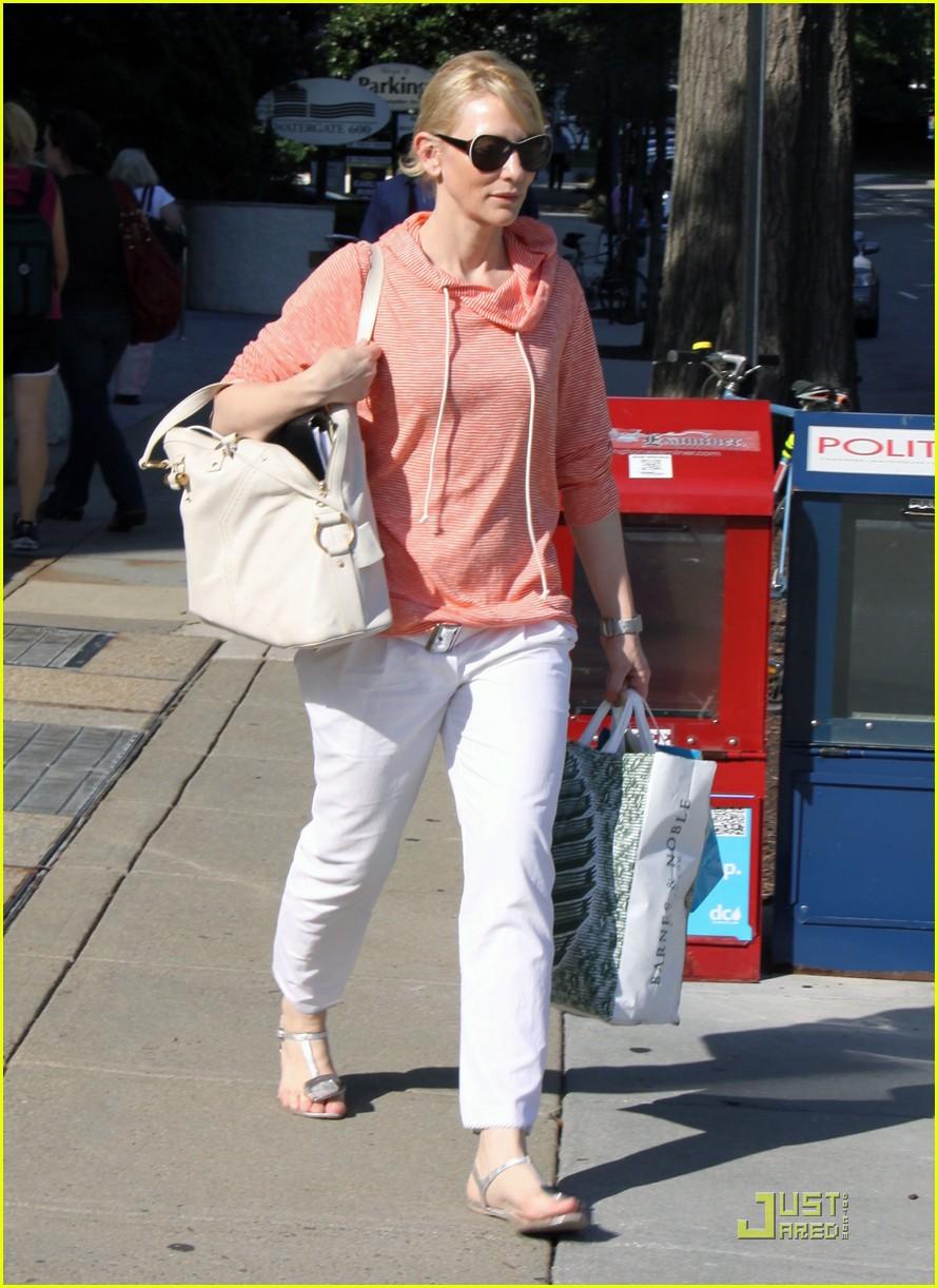 cate blanchett shopping dc 05