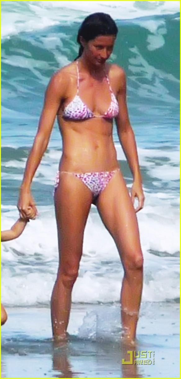 gisele bundchen bikini benjamin costa rica 06