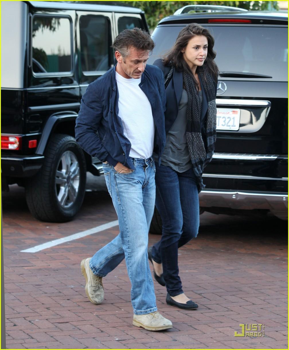 Shannon Costello: Sean Penns New Girlfriend!: Photo