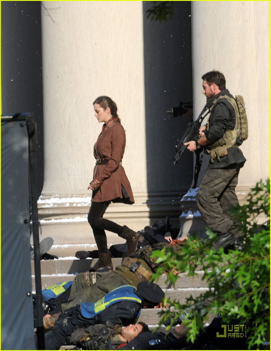 marion cotillard tom hardy dark knight rises set 03