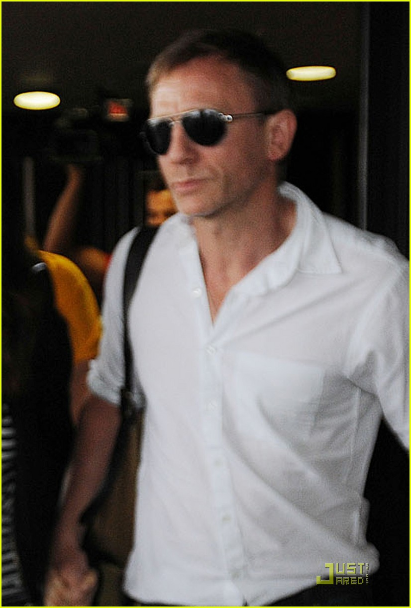 daniel craig rachel weisz newark 01