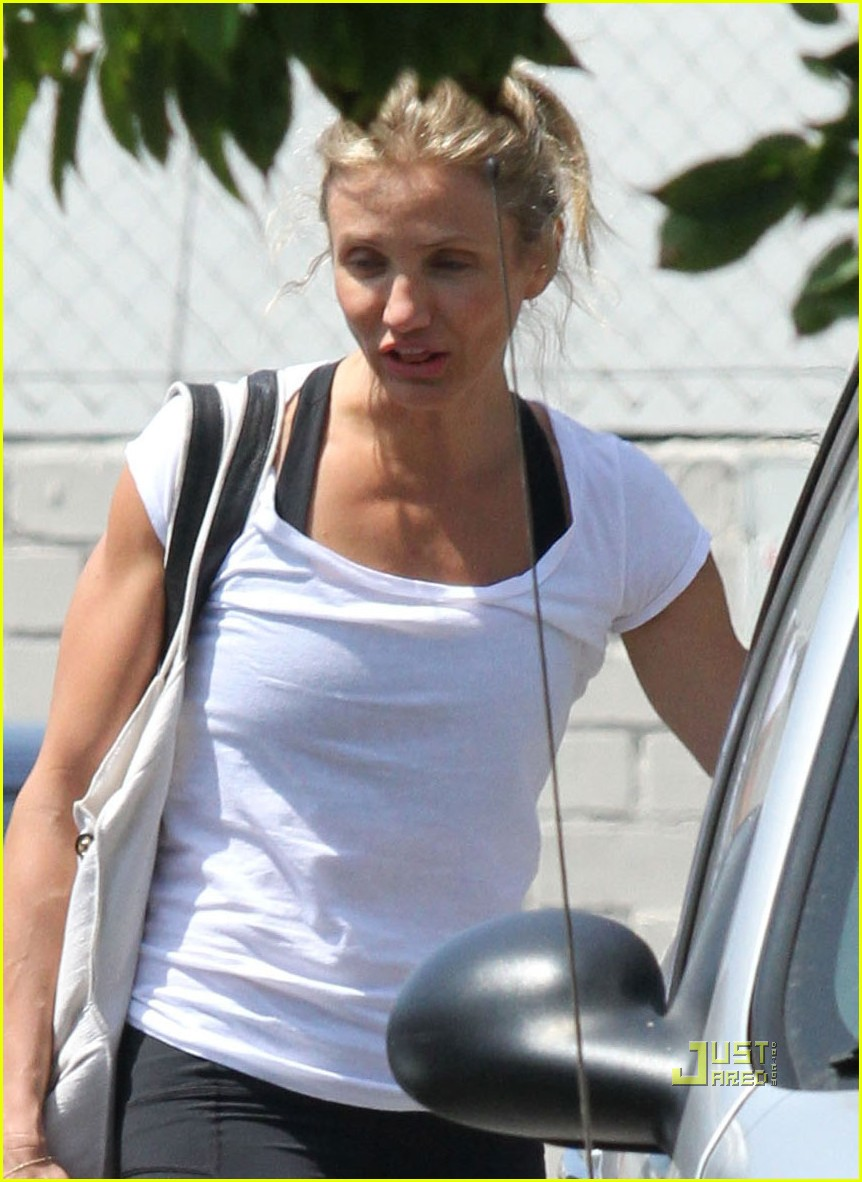 cameron diaz gym 05