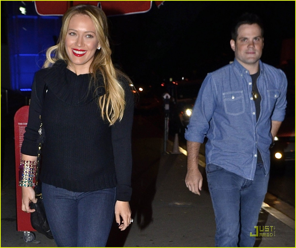 Hilary Duff: Dinner Date with Mike Comrie! Hilary Duff
