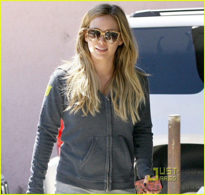 hilary duff work out 022575277