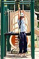 zac efron playground workout  08