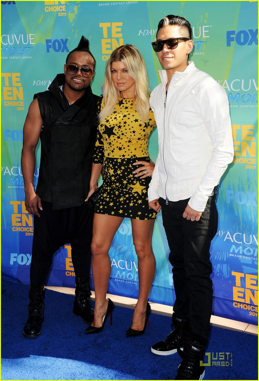 fergie teen choice awards with the black eyed peas 03