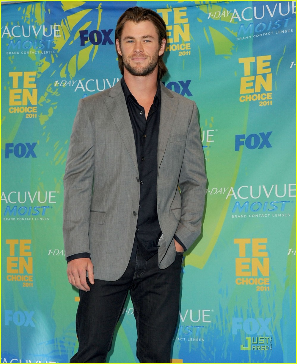 chris hemsworth teen choice 022567972