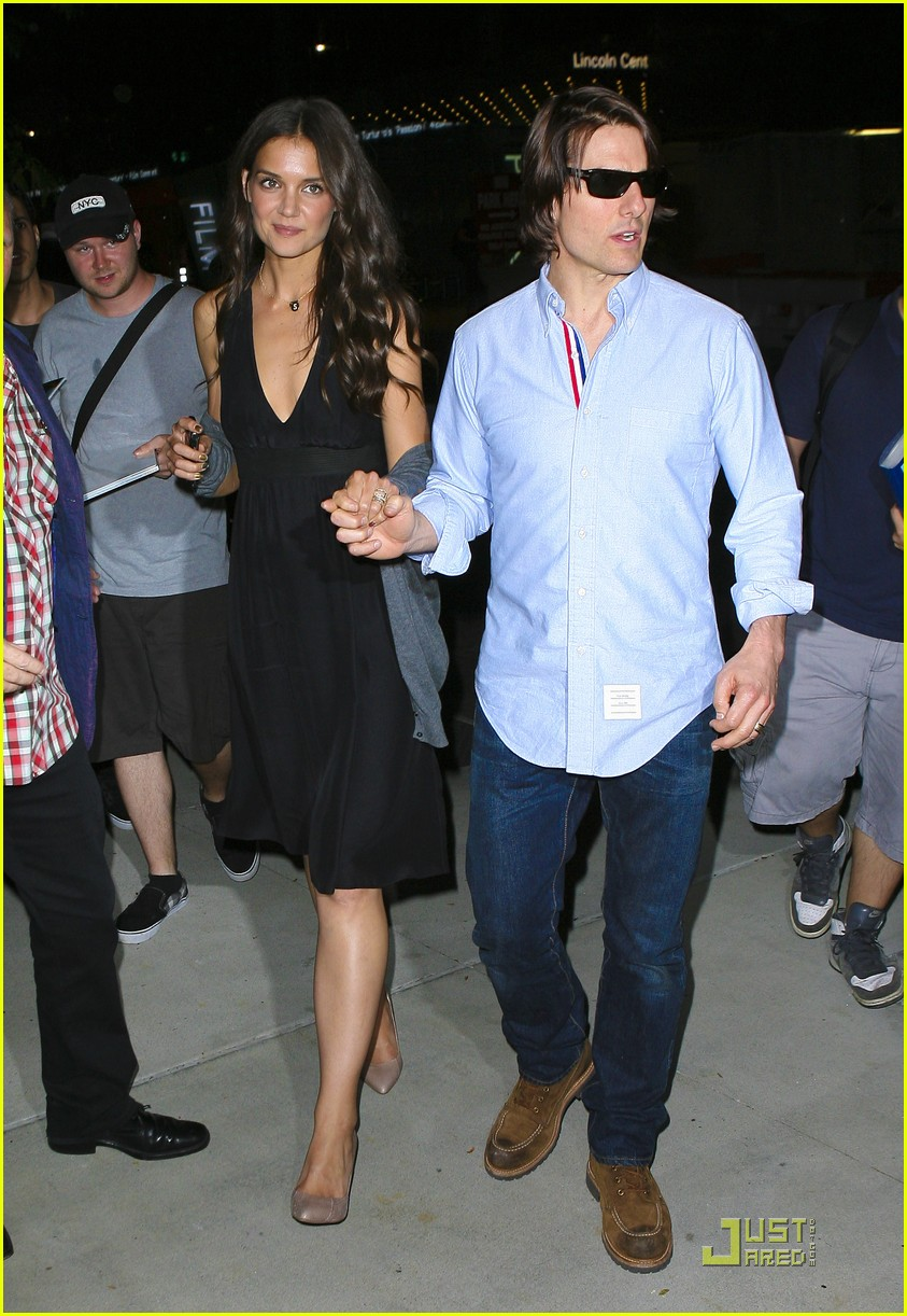 katie holmes tom after premiere 01