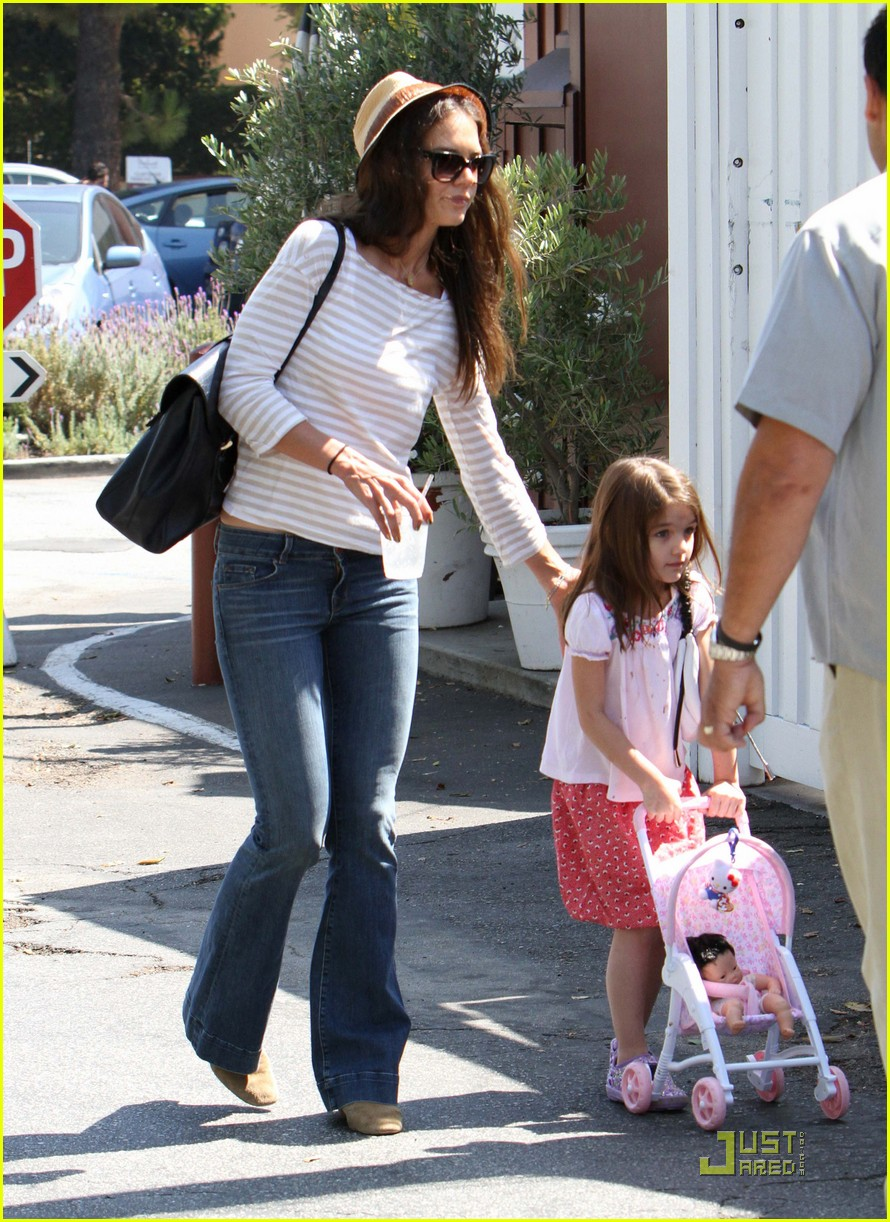katie holmes suri is my style critic 09