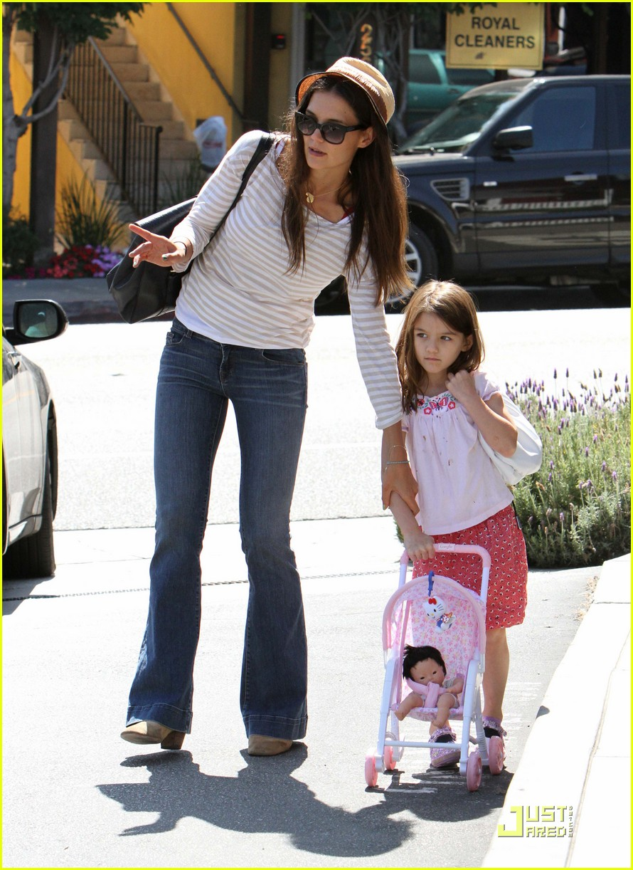 katie holmes suri is my style critic 11