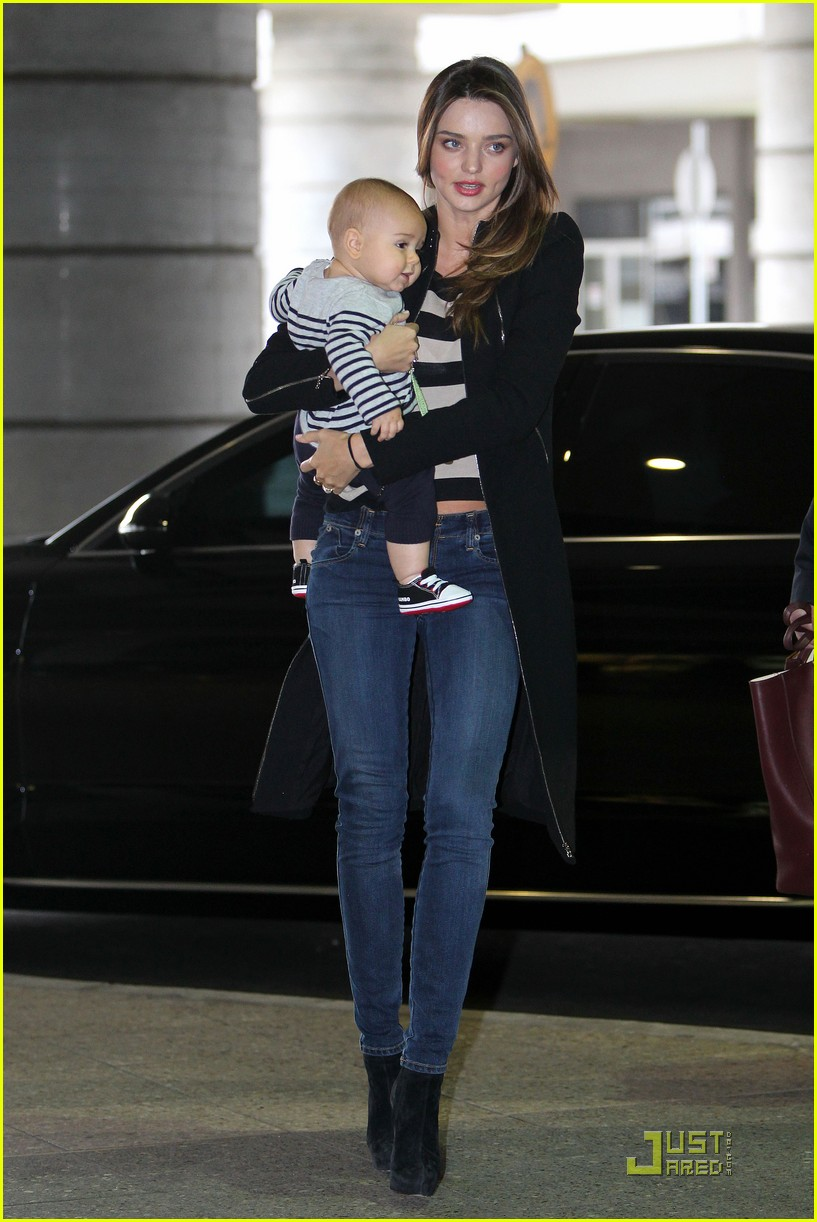 miranda kerr flynn calm mother baby 01