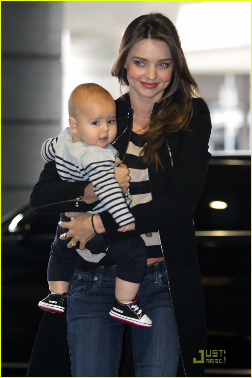 miranda kerr flynn calm mother baby 02