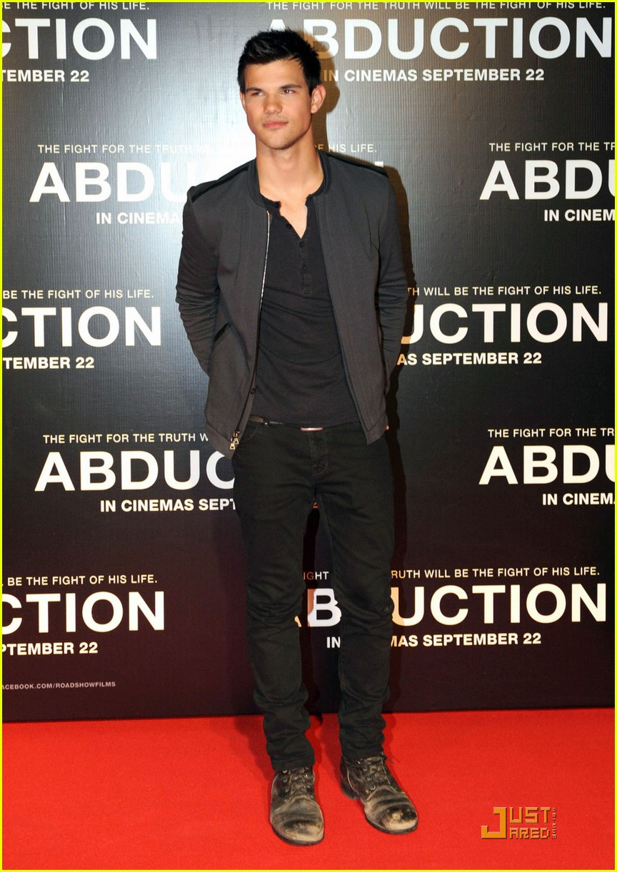 taylor lautner abduction sydney 12