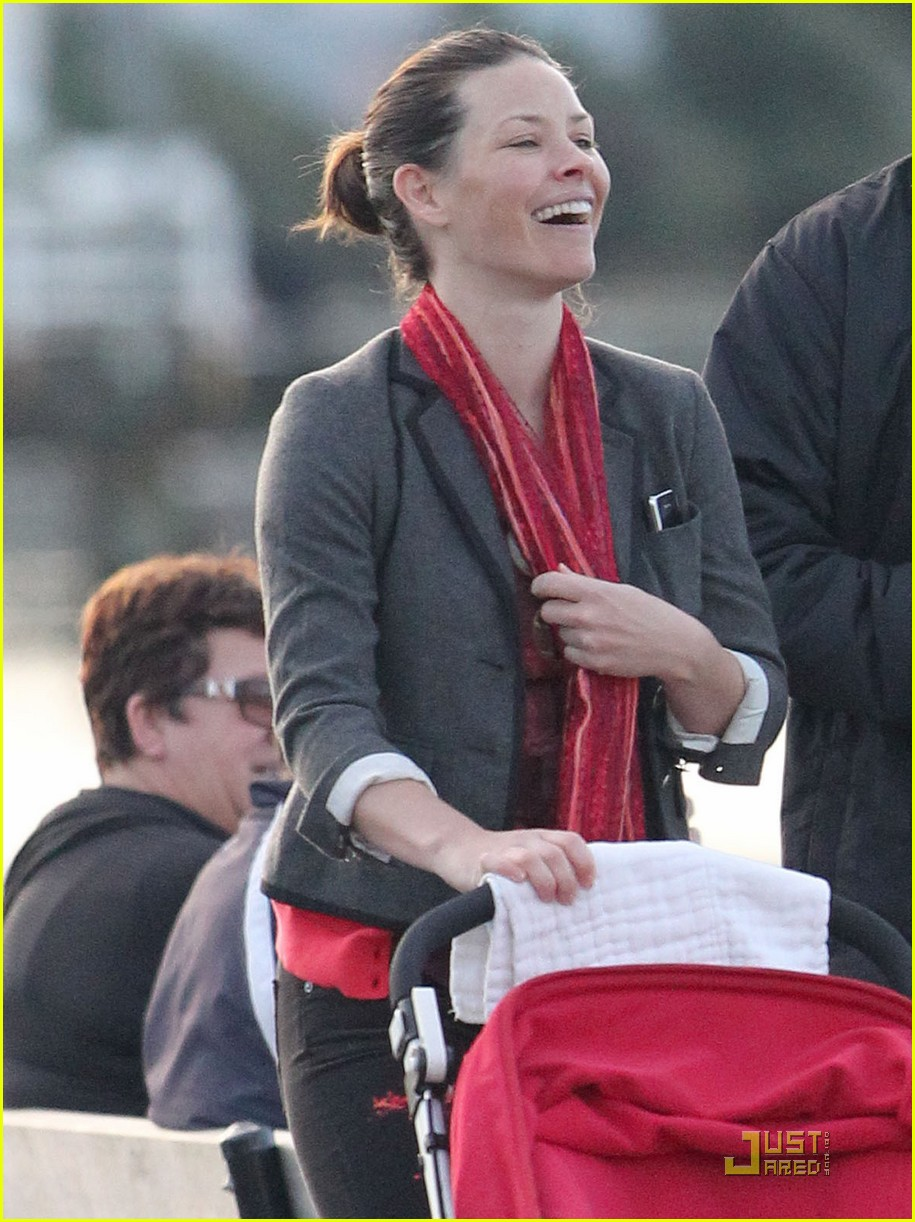 evangeline lilly norman baby 02