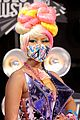 nicki minaj debuts fly video at mtv vmas 04