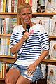 gwyneth paltrow hamptons book signing 05