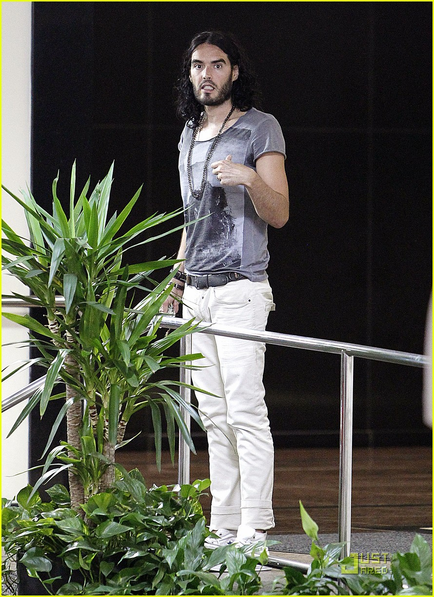 katy perry russell brand lunch date in beverly hills 08