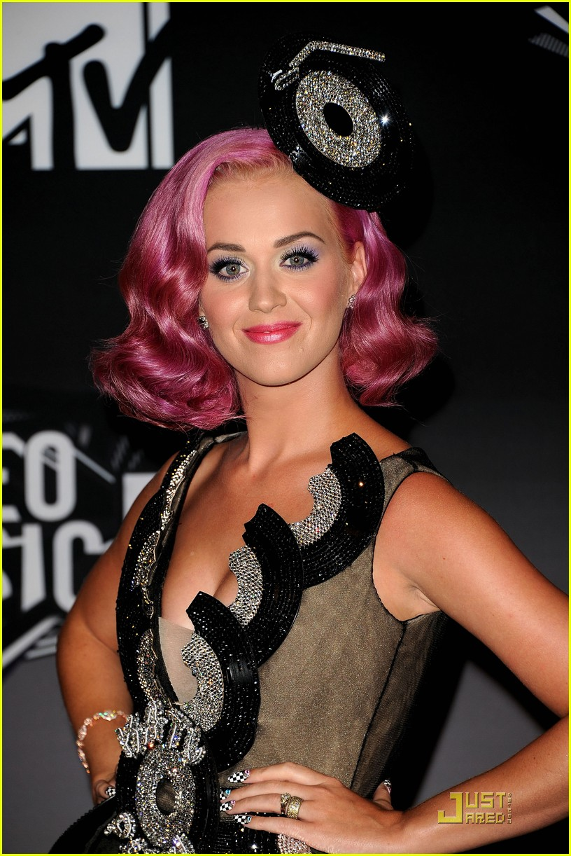 katy perry four costume changes at the mtv vmas 112574496