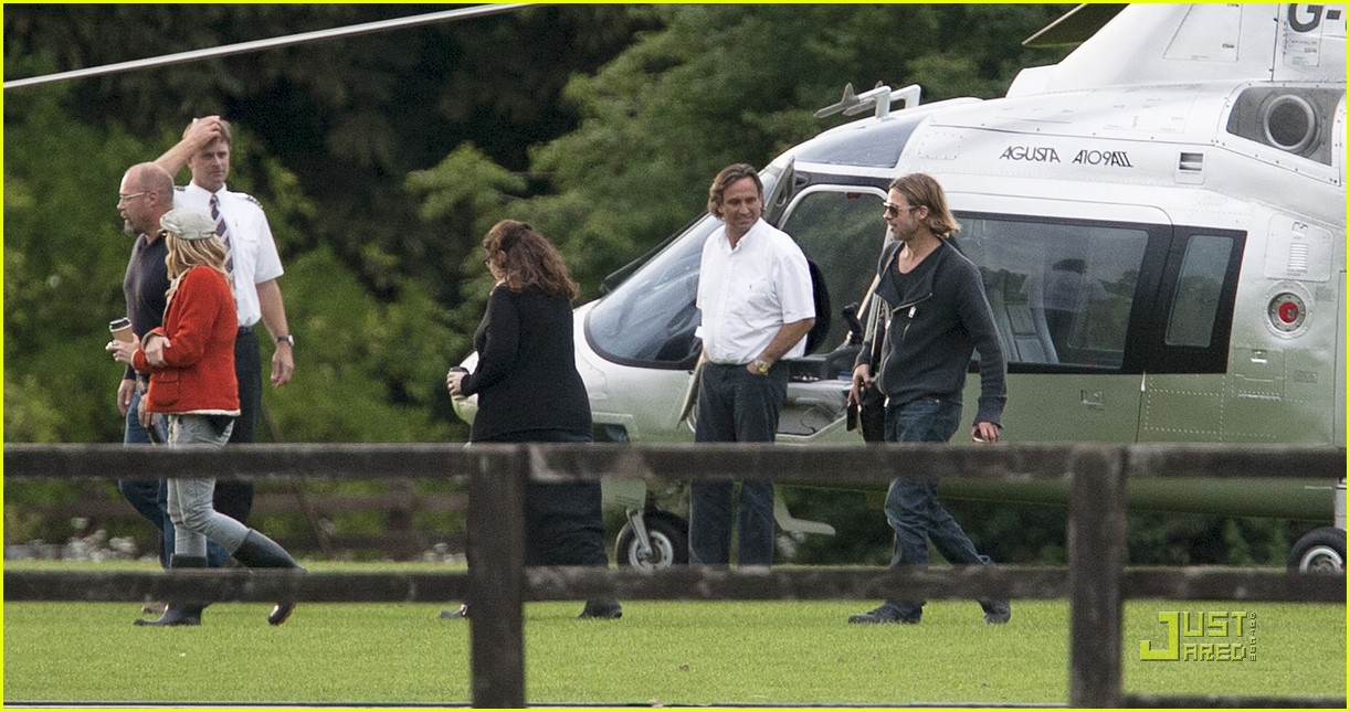brad pitt helicopter richmond 022569494