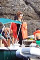 rihanna snorkeling 05