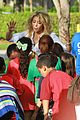 shakira barefoot foundation event with gerard pique 09