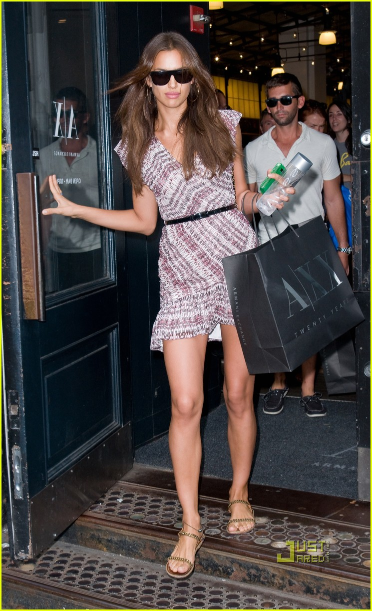 irina shayk working out shopping 062568607