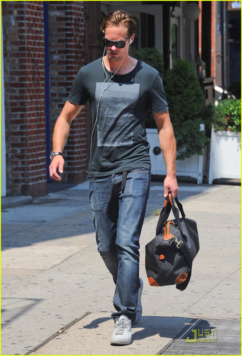 alexander skarsgard fan friendly nyc 132567129