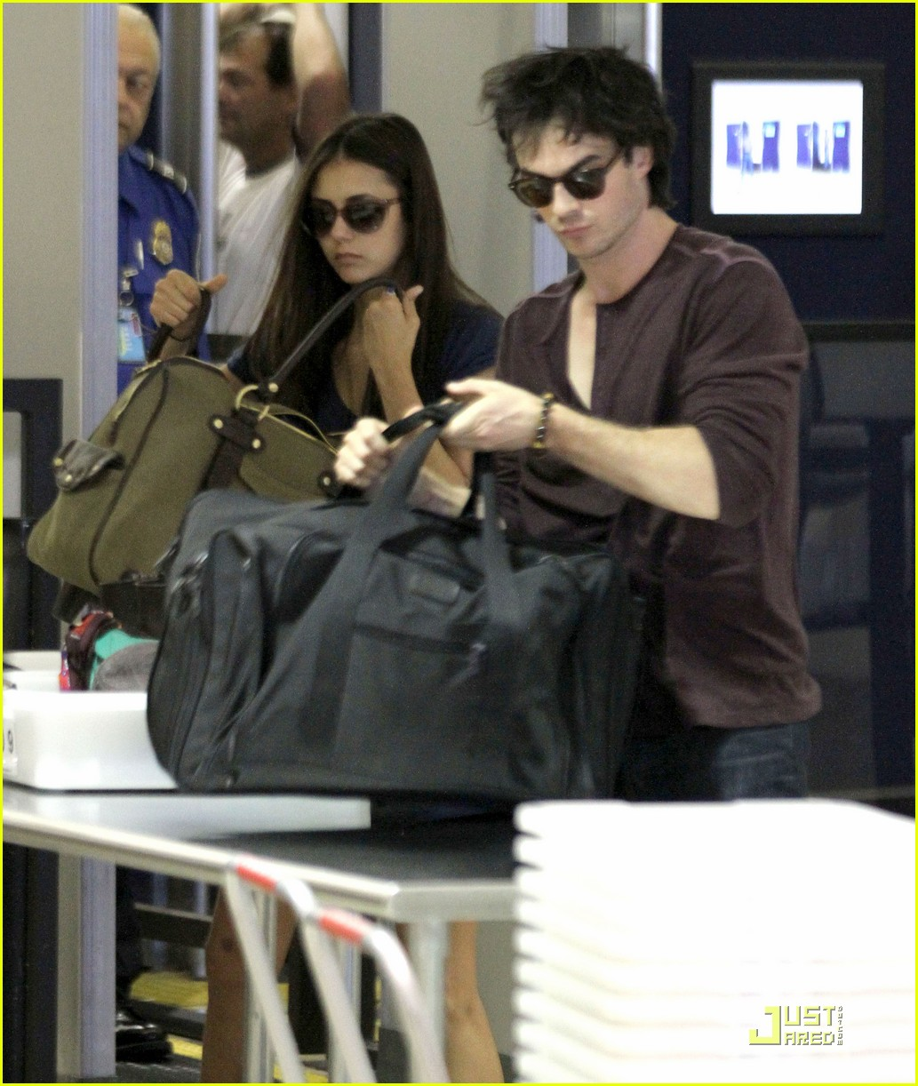 nina dobrev ian somerhalder lax 02
