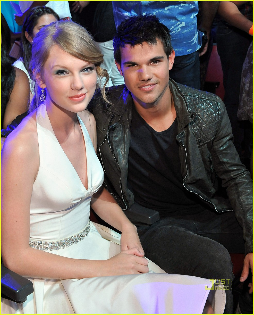 taylor swift taylor lautner teen choice awards 03