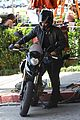 justin theroux motorcycle man 14