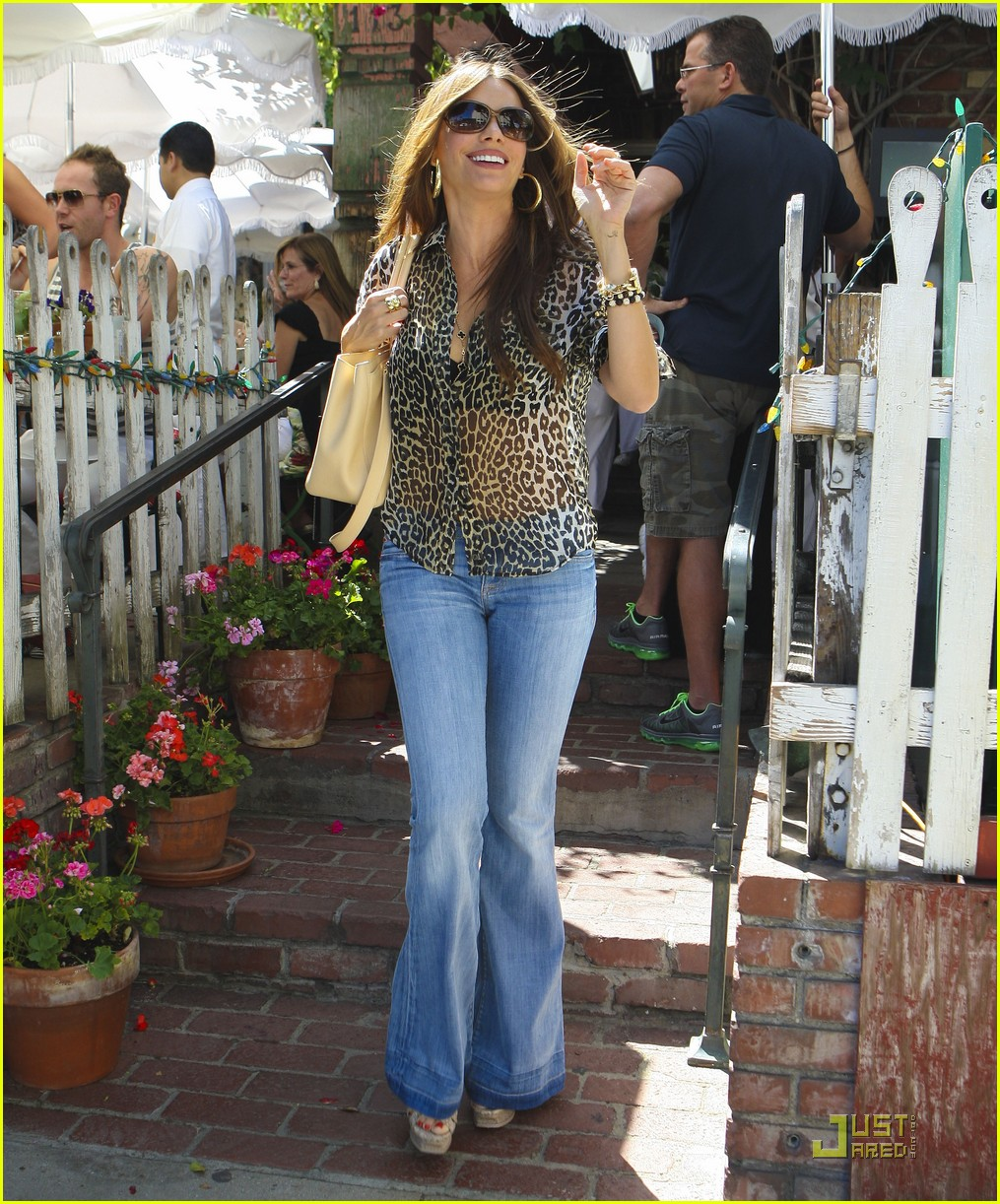 sofia vergara lunch nick loeb 242574231