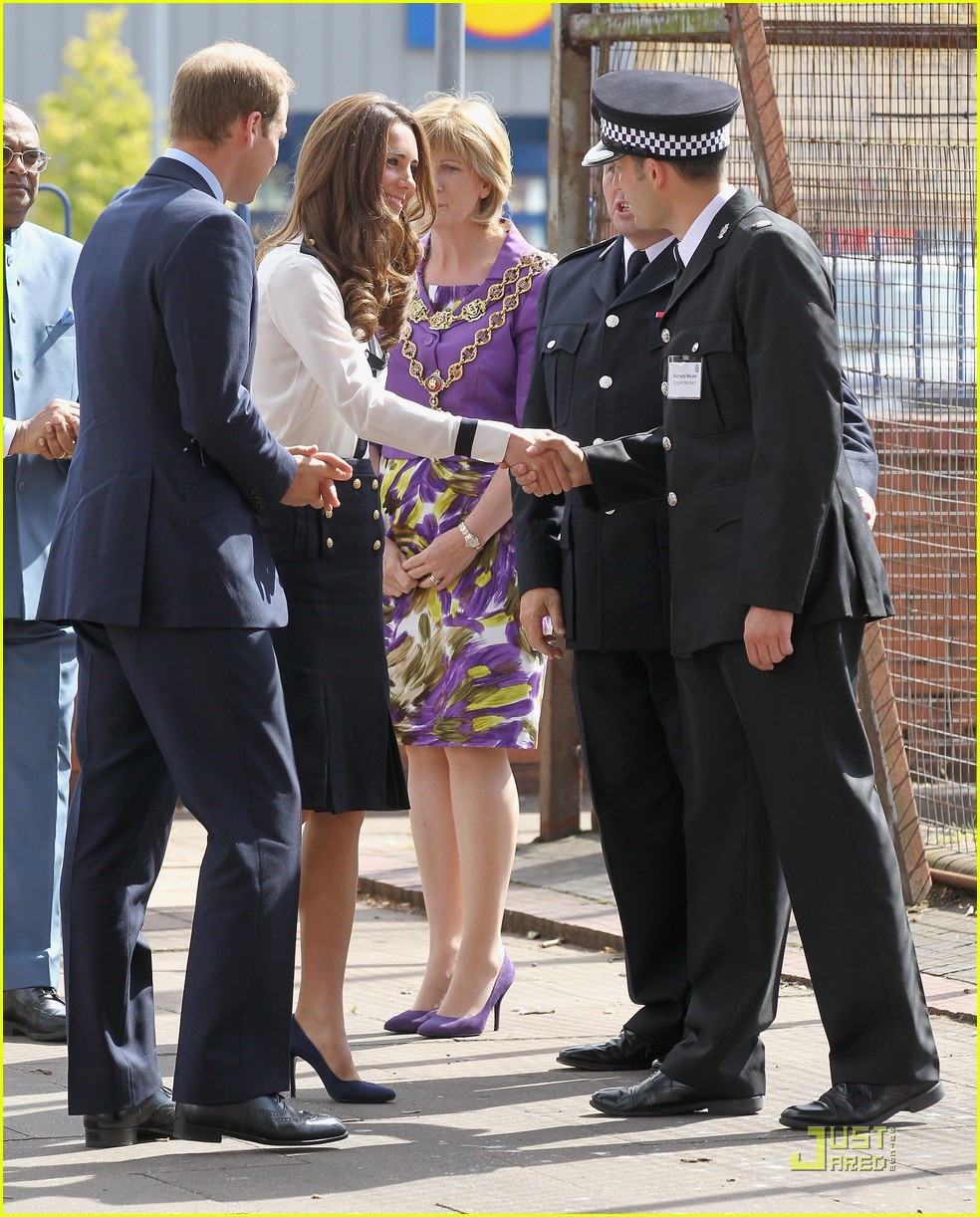 prince william kate riots 03
