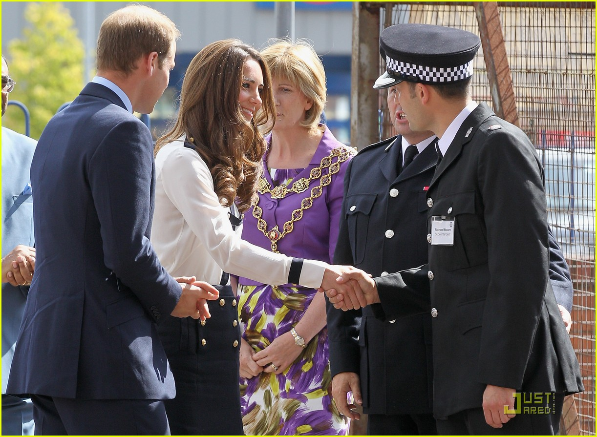 prince william kate riots 18