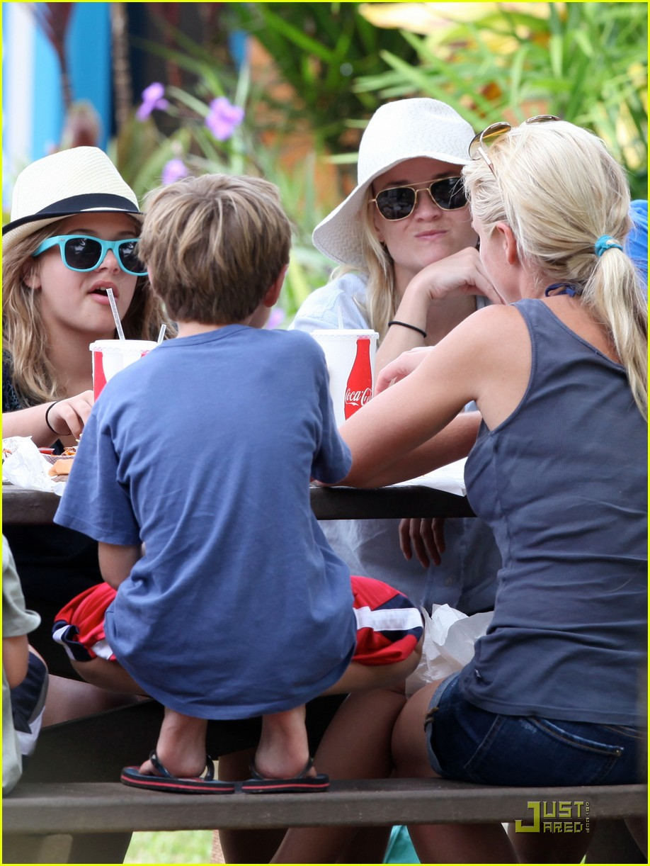 reese witherspoon jim toth bubbas 03