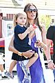 alessandra ambrosio anja brentwood country mart 02