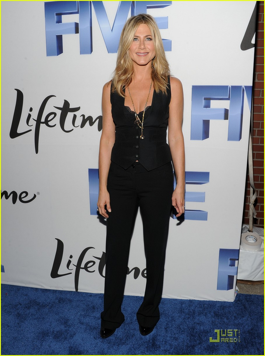 jennifer aniston five screening nyc 012584333