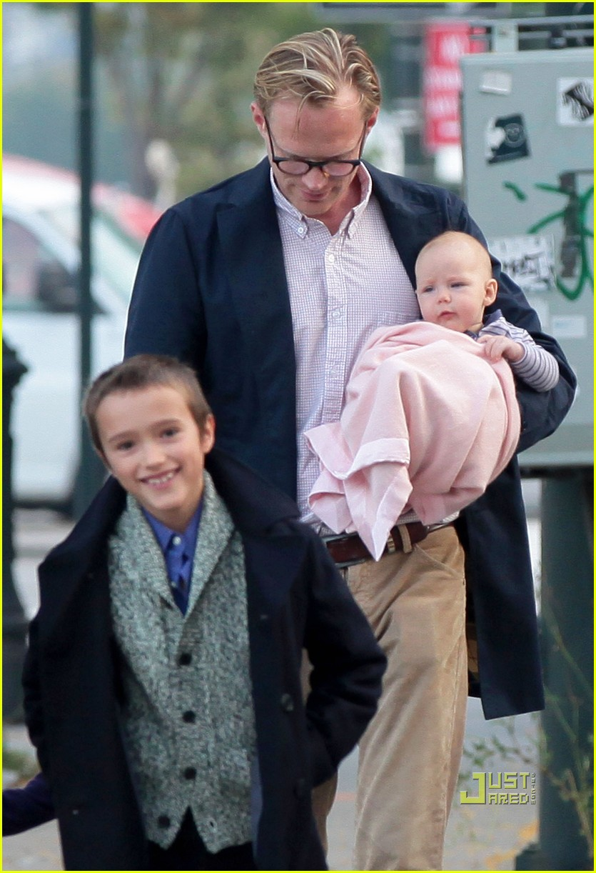 jennifer garner paul bettany kids agnes 022582874