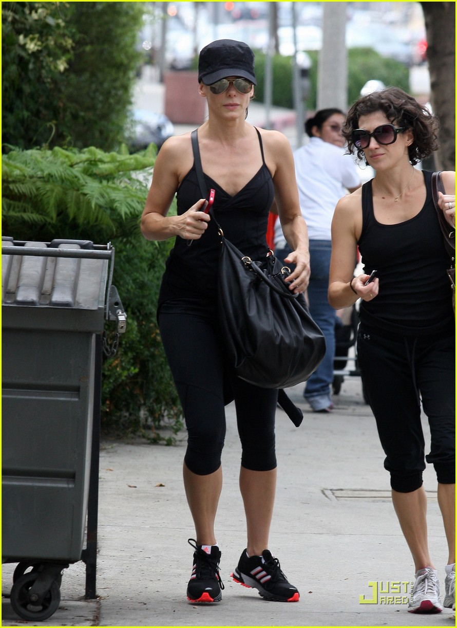 sandra bullock works out 062582986