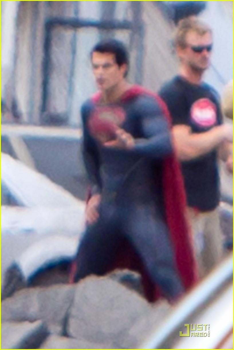 henry cavill superman man of steel set photos 06
