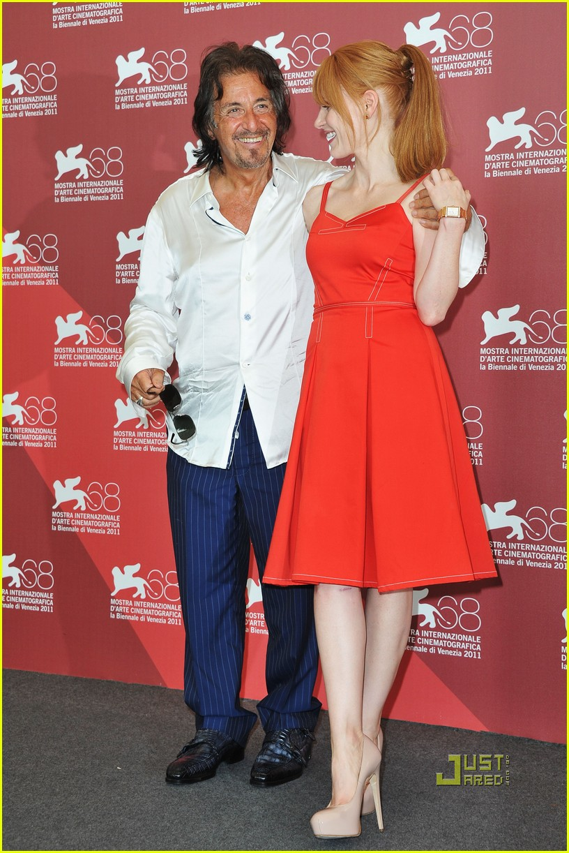 jessica chastain al pacino wild salome photo call 08