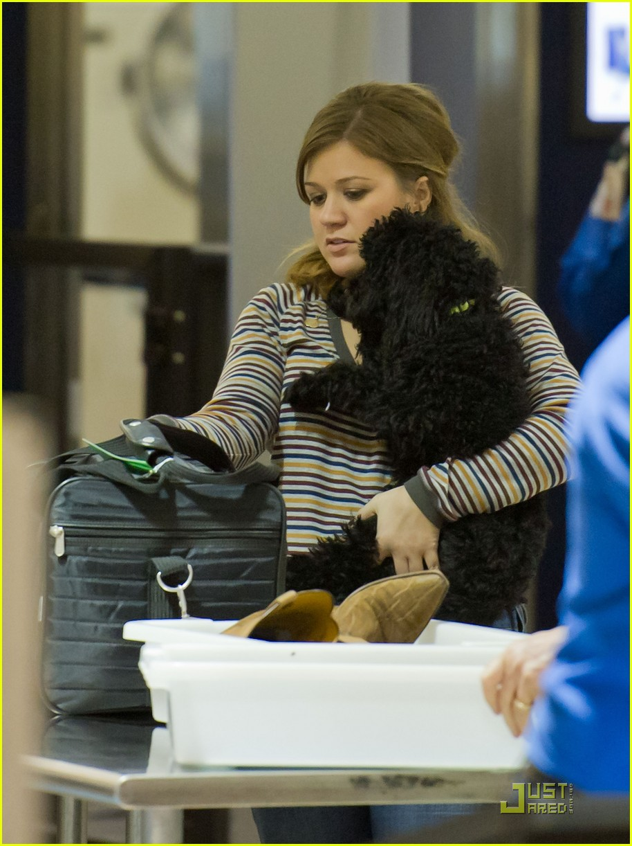 kelly clarkson lax 03