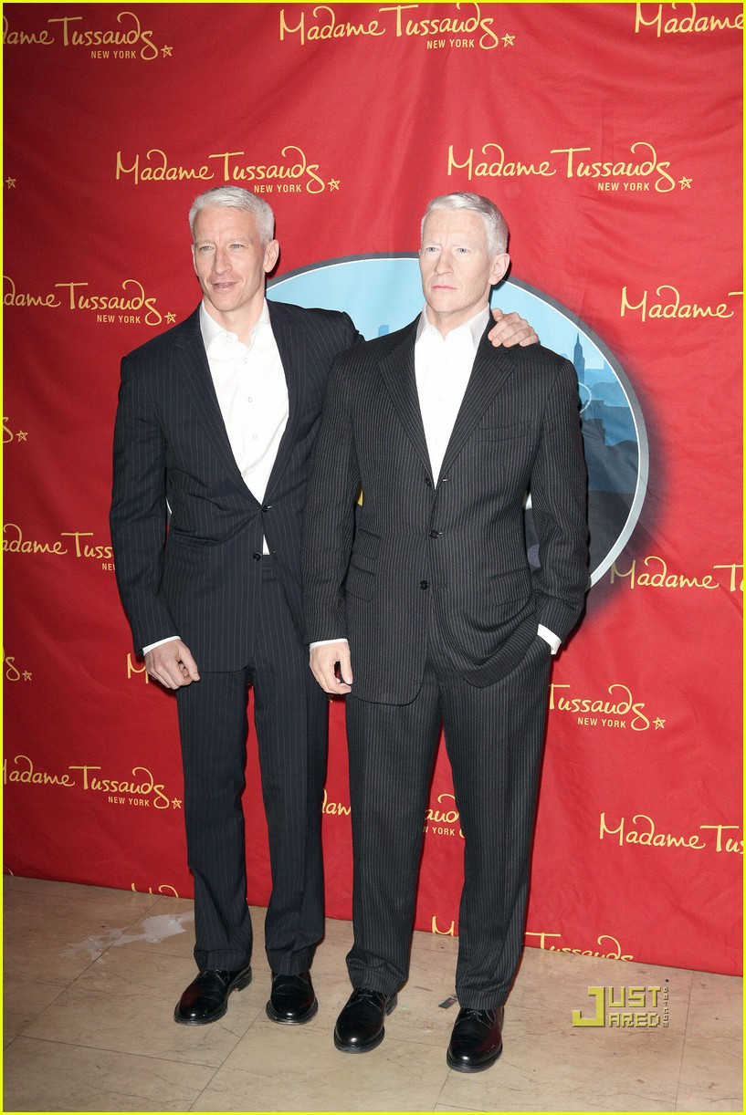 anderson cooper madame tussauds wax figure 032580053