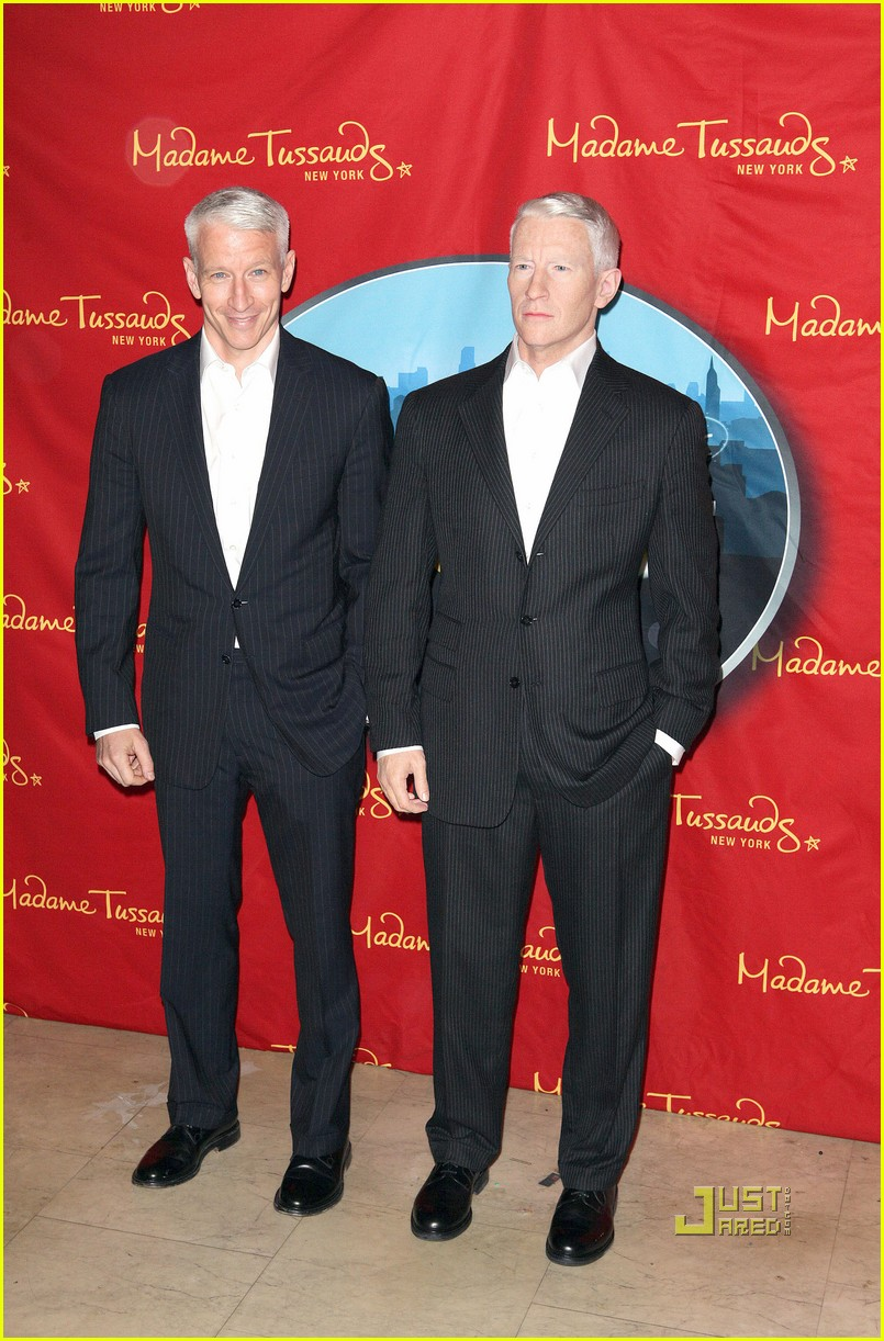 anderson cooper madame tussauds wax figure 112580061