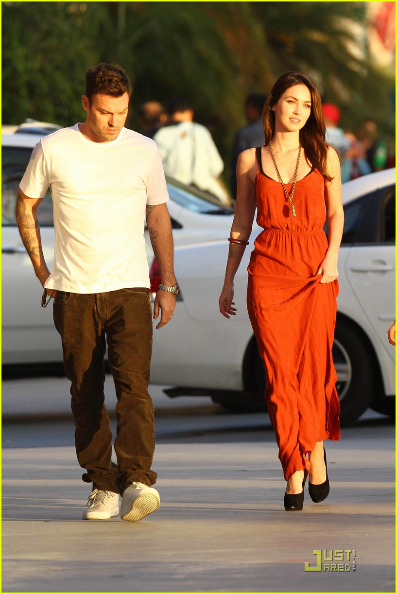 megan fox brian austin green boa 07